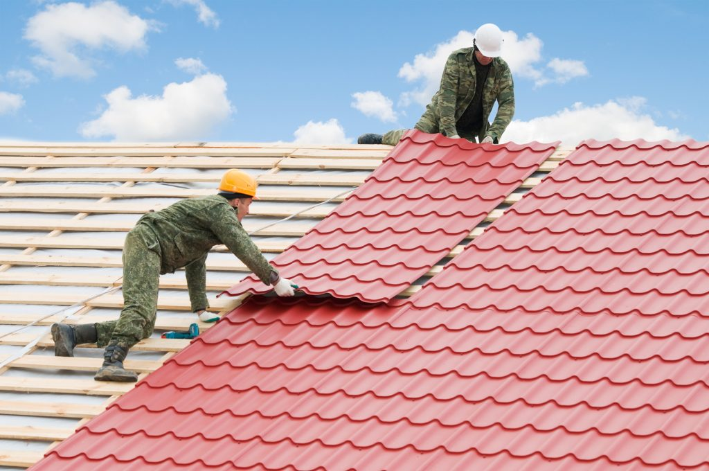 The Average Life Of An Asphalt Shingled Roof Ranges From 15 To 25 Years  Depending On The Quality Of The Shingles Used. One Of The First Signs That  A ...